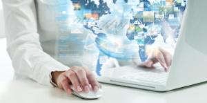 ¿Existe una brecha salarial de género en los mercados laborales digitales?