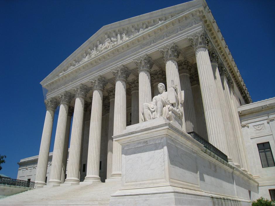 American Express: Poder de Mercado y Restricciones a la Competencia