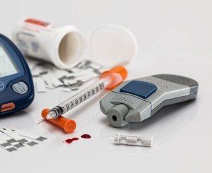 ¿Influye la información sanitaria recibida en la conducta de los pacientes con enfermedades crónicas? El caso de la diabetes mellitus de tipo dos