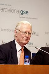 James Mirrlees (RIP): Haciendo justicia a los impuestos
